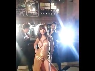 Bollywood Anushka Sharma Hottest Boobs Slip UNCENSORED