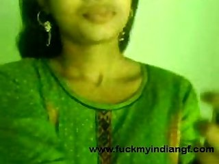 indian cute girl showing boobs to her byfriend